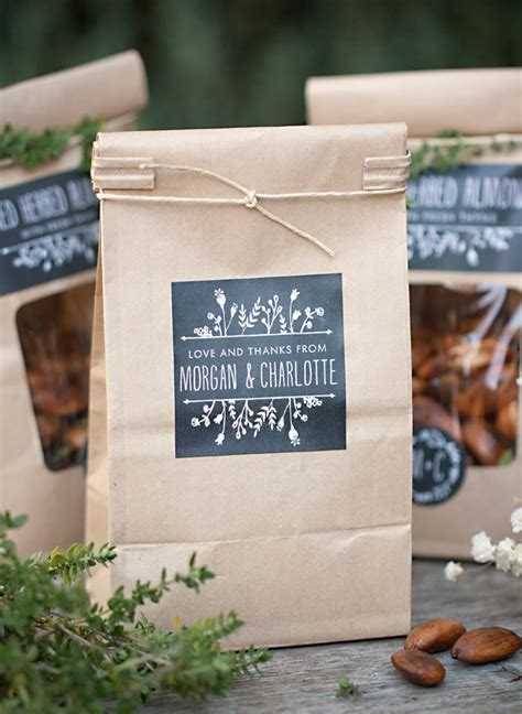 Tas Bao Bao Square fried almond wedding favors wedding inspiration