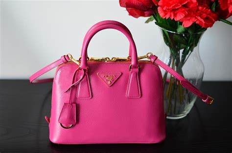 Pink Bag pink prada handbags prada portafoglio giallo