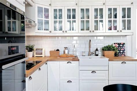 kitchen cabinet magazine v 197 rt nya metod k 214 k ikea magazine l 228 genheter id 233 er