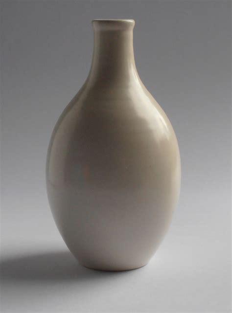 poole pottery single colour reactive glazes