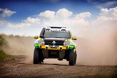 renault dakar renault aims for top 10 finish in dakar 2016 autoevolution