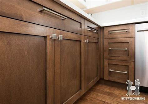 kitchen cabinets fronts the doors and drawer fronts are shaker style the