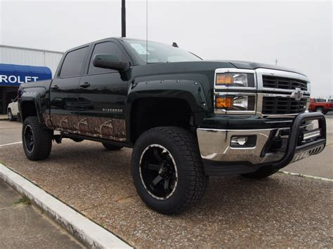Lifted Trucks For Sale in Houston Area   Conversion & 4x4