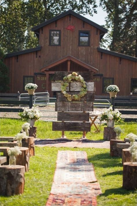 30 barn wedding ideas that will melt your deer pearl flowers