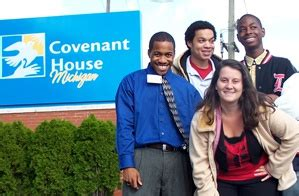 covenant house detroit covenant house michigan hosts annual candlelight vigil against homelessness the
