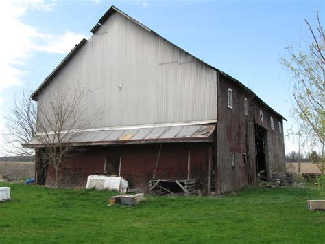 Barns For Sale For Sale One Barn 187 Honey Run Apiaries