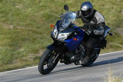 Suzuki V Strom Dl650 Review Suzuki Dl650 V Strom Abs 2011 On Review Mcn The