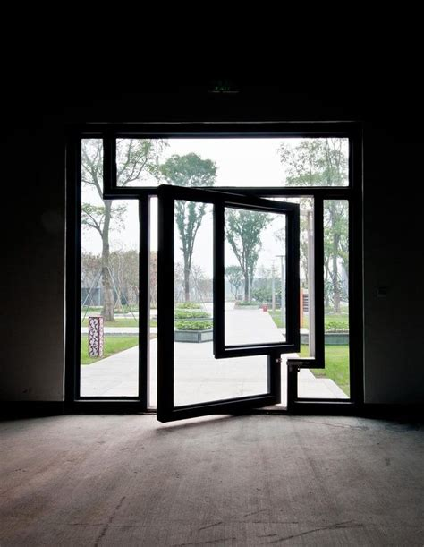 Pivot Glass Door Glass Pivot Door Doorways Doors Mondrian And Window