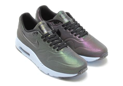nike air max  ultra moire iridescent sneakernewscom
