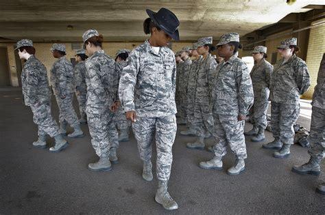 Delta Ftale Footwear air orders ncos to airmen san antonio
