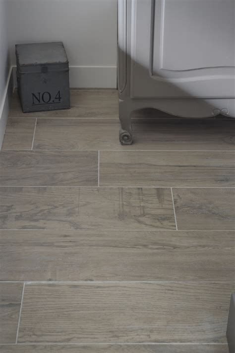 Joint Carrelage Imitation Parquet by Carrelage Imitation Parquet Lini 232 Res Carrelages Angers
