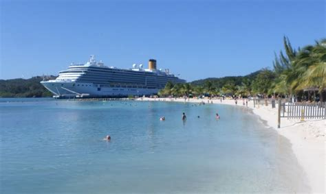 roatan bay islands honduras cruise mahogany bay isla roatan roatan tourism