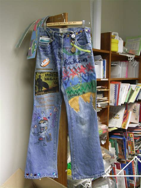 decorating with denim how to decorate your old jeans yahoo answers
