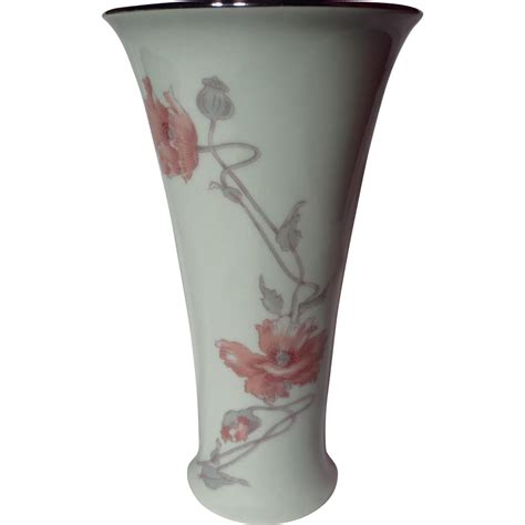 royal dux czechoslovakian vase poppies from