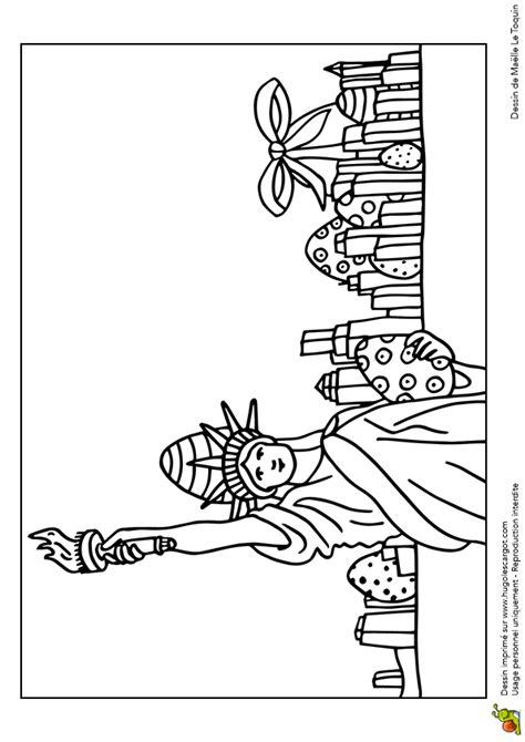 Coloriage Ufs De P 226 Ques Cach 233 S 224 New York Hugolescargot Com Statue De La Liberte Coloriage L