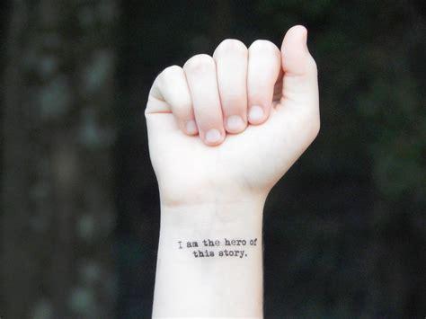 31 tiny quote tattoos you ll go crazy for collegetimes com