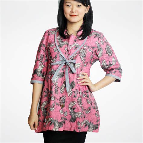 Baju Batikpakaian Wanitabaju Setelansetelan Batikdress Batik model baju batik wanita untuk kerja ide model busana