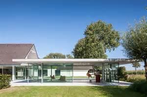 lieven dejaeghere con 231 oit un pool house en belgique