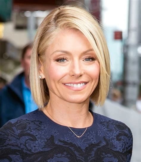 kelly ripa bob wave hair pinterest kelly ripa bobs kelly ripa short hair wave hairstylegalleries com