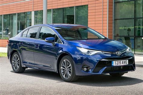 toyota avensis toyota avensis 2015 car review honest john