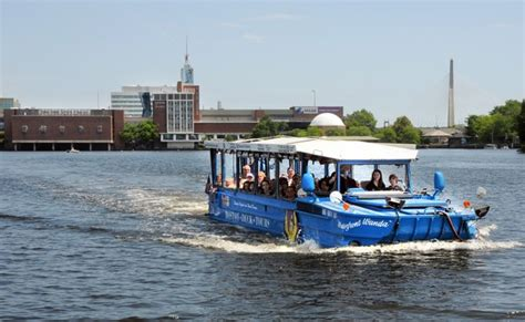 duck boat tours cities how duck boat tours made a splash in the urban tourism