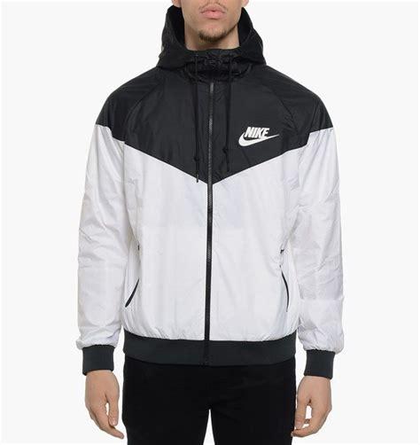 Jaket Windrunner Waterproof nike windrunner jacket 544120 100 white black sz s xl