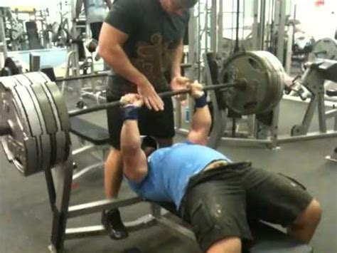 proper bench press grip how to bench press like a pro a deep look at bench press