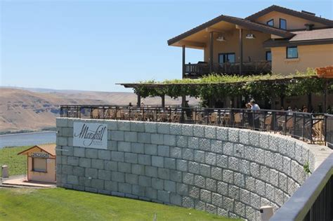 maryhill winery seating chart view to the west mt in the distance stonehenge wa