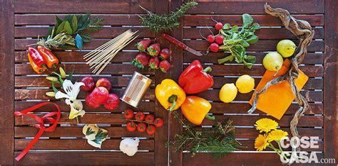 composizione fiori fai da te fai da te la composizione estiva con frutta ortaggi e