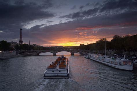 bateau mouche bastille voyages bergeron on pr 233 pare son voyage 224 paris