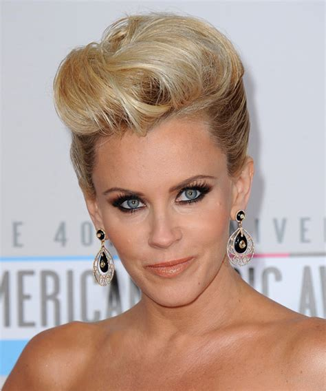 hairstyles62yearoldwomanwithroundface mccarthy hairstyles front and back jenny mccarthy prom