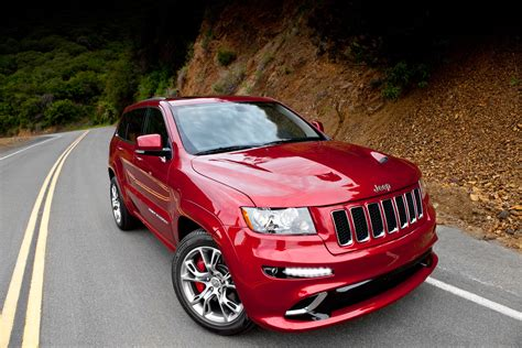 srt jeep 2012 2012 jeep grand cherokee srt8 lap around nurburgring 8