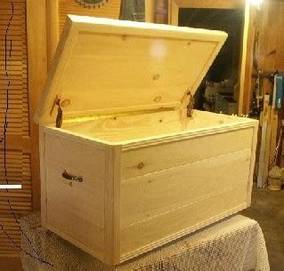 wood  toy chest designs   build  easy diy