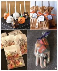 Beau Toile D Araignee Decoration #1: decorationsdemariage.fr_decoration_halloween_candy_bar_cake_pop_pochons_bonbons_gant_sachet_bonbons%20_araignee_balai_sorciere.jpg