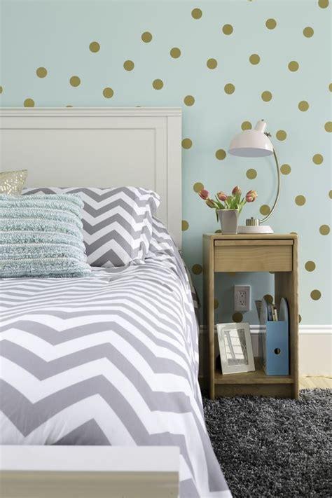 Bedroom Wallpaper Gold Coast Best 20 Gold Grey Bedroom Ideas On