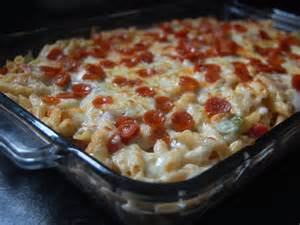 Cassie craves pizza macaroni and cheese