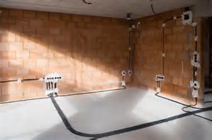 elektroinstallation haus es wird flei 223 ig weitergebaut ein haus f 252 r den zwerg