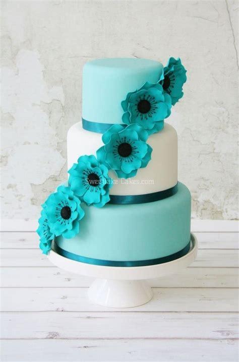 love  bright blue row  flowers cascading