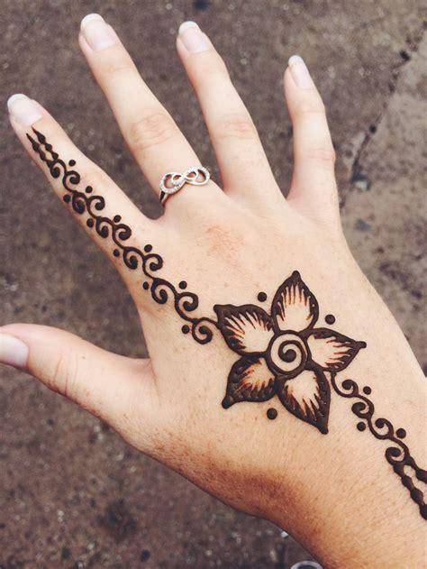 henna design ribbon 1135 best images about henna designs on pinterest henna
