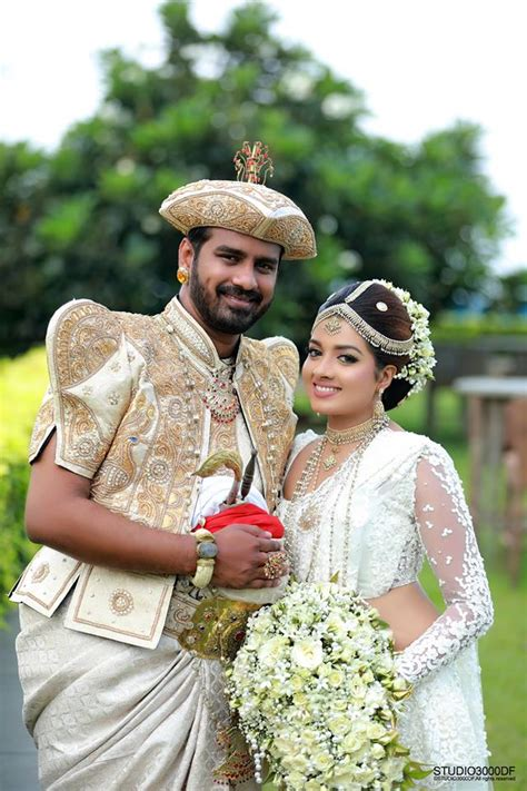 Wedding Photos In Sri Lanka by Sri Lankan Wedding Photo