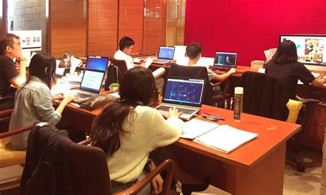 social media room photos leo burnett malaysia eliminating information