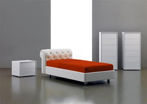 letti singoli in pelle letti eleganti letto callas monocolore con cornice
