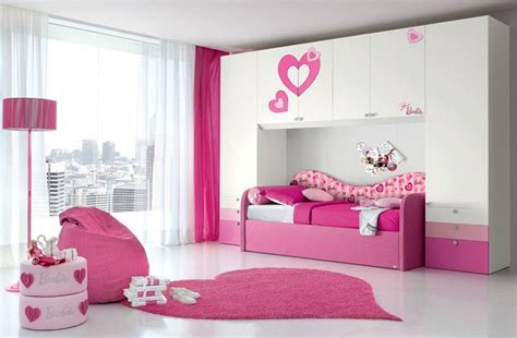 Girls Pink Bedroom | simple pink bedroom for beautiful girl on lovekidszone
