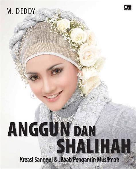 Buku Jilbab Wanita Muslimah jual buku anggun dan shalihah kreasi sanggul jilbab