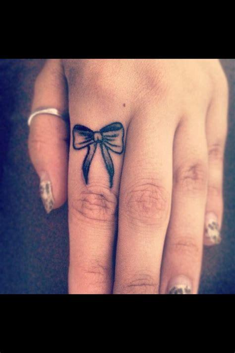 bow finger tattoo best 25 bow finger tattoos ideas on inside