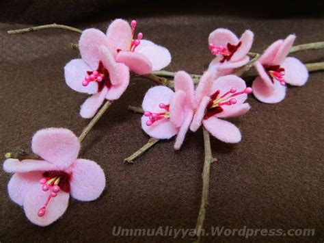 Tutorial Membuat Bunga Sakura Dari Kain Flanel | bunga ummu aliyyah ath thabrani