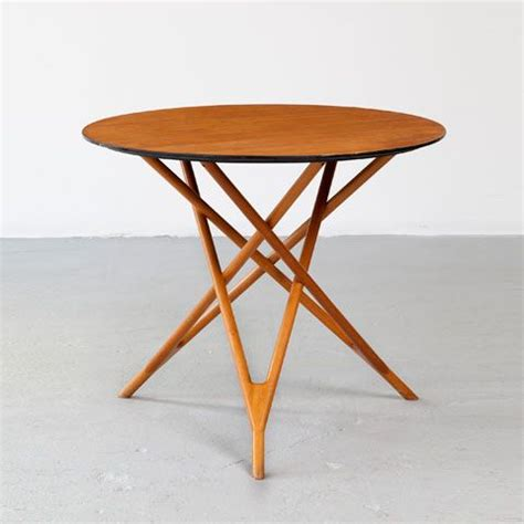 Mid Century Modern Style Table Ls by 44 Stylish Mid Century Modern Coffee Tables Digsdigs
