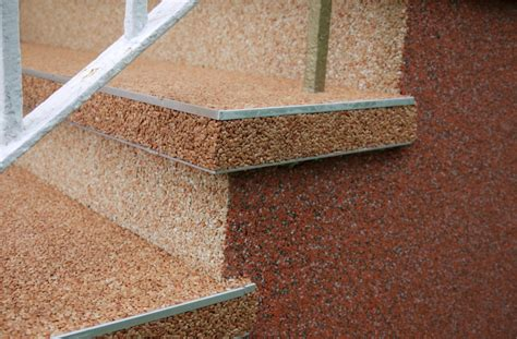 Steinteppich Auf Holztreppe by Au 223 Enbereich 123 Steinteppich