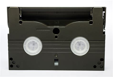 cassette 8mm file 8mm cassette back jpg wikimedia commons
