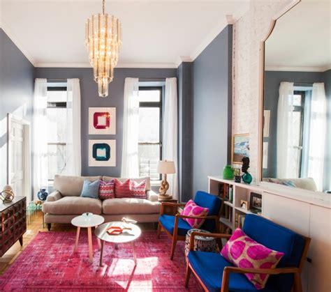 teppich hellblau weiß wohnzimmer in grau blau